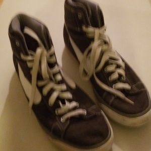 Men's Nike shoes size  12